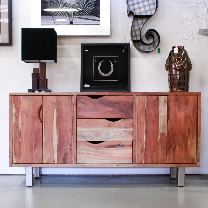 Madia legno design moderno ed essenziale fascino naturale for Madie design outlet