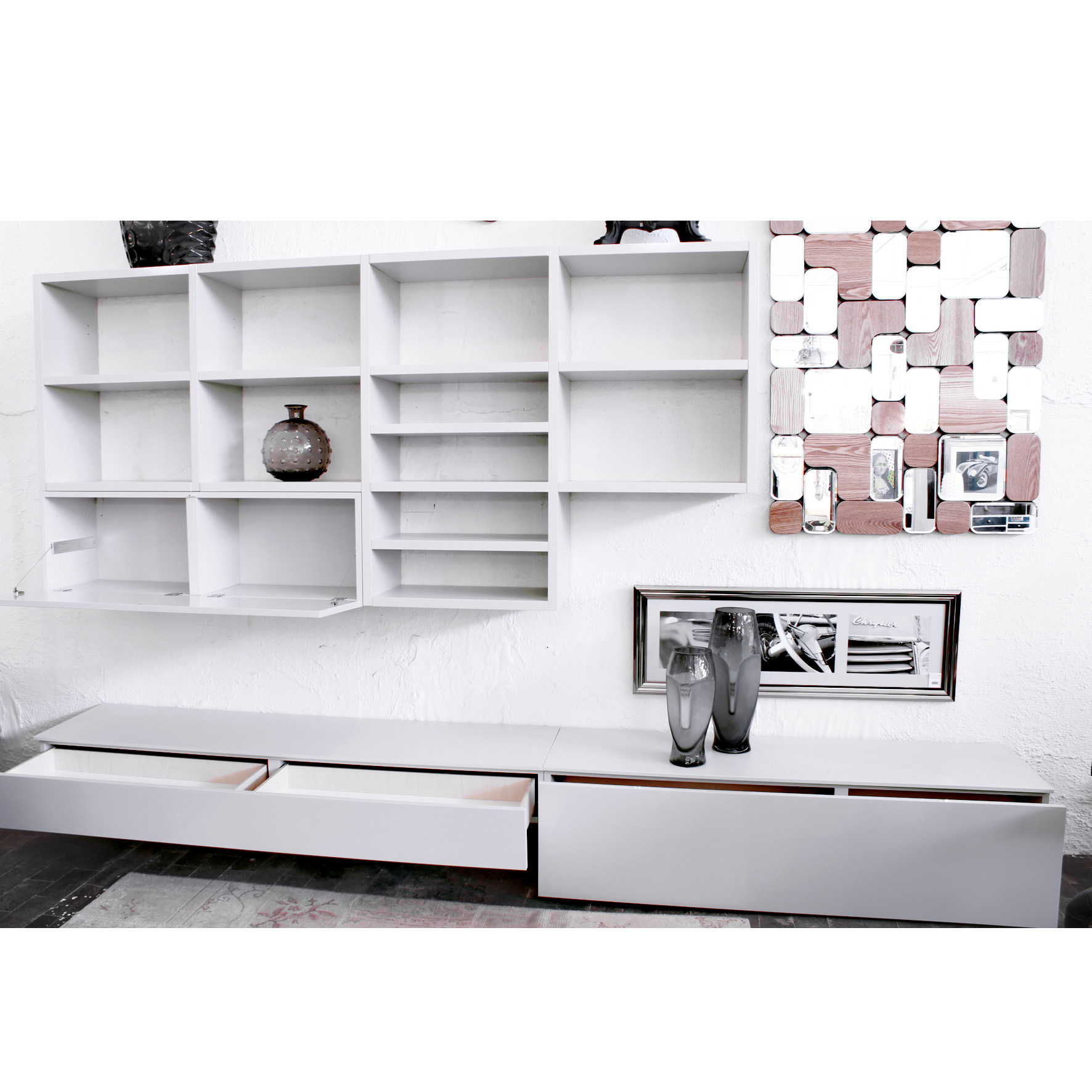 Parete tv grigio chiaro outlet arredamento design for Parete tv design