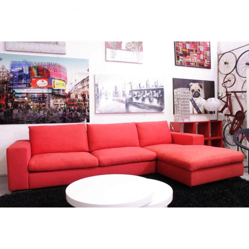 Divano rosso angolare idee per il design della casa - Divano tessuto damascato ...
