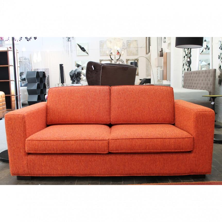 Divano due posti moderno idee per il design della casa - Divano arancio mondo convenienza ...
