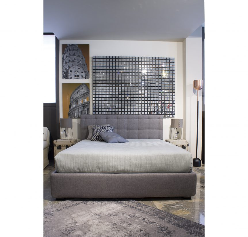 Letto grigio matrimoniale design casa creativa e mobili for Outlet armadi design