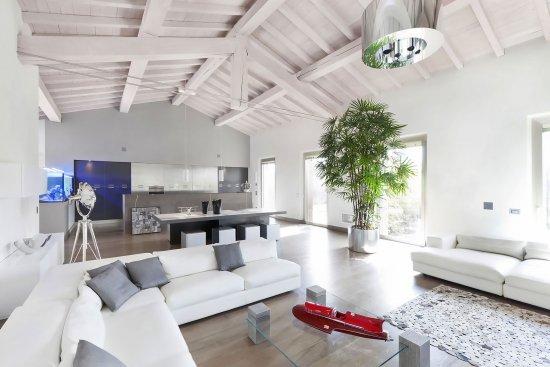 Interni - Outlet Arredamento Design Cremona e Brescia